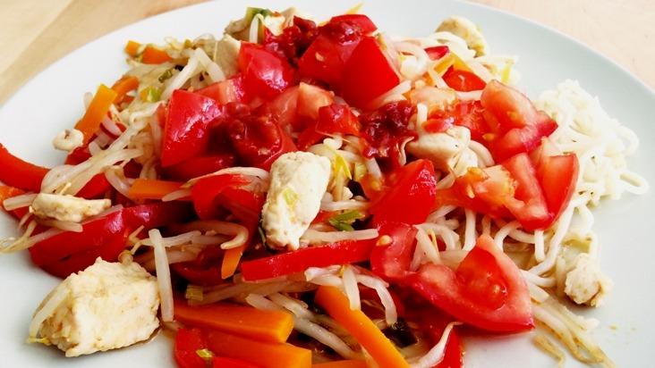 Asiatische Hähnchen-Gemüse-Pfanne