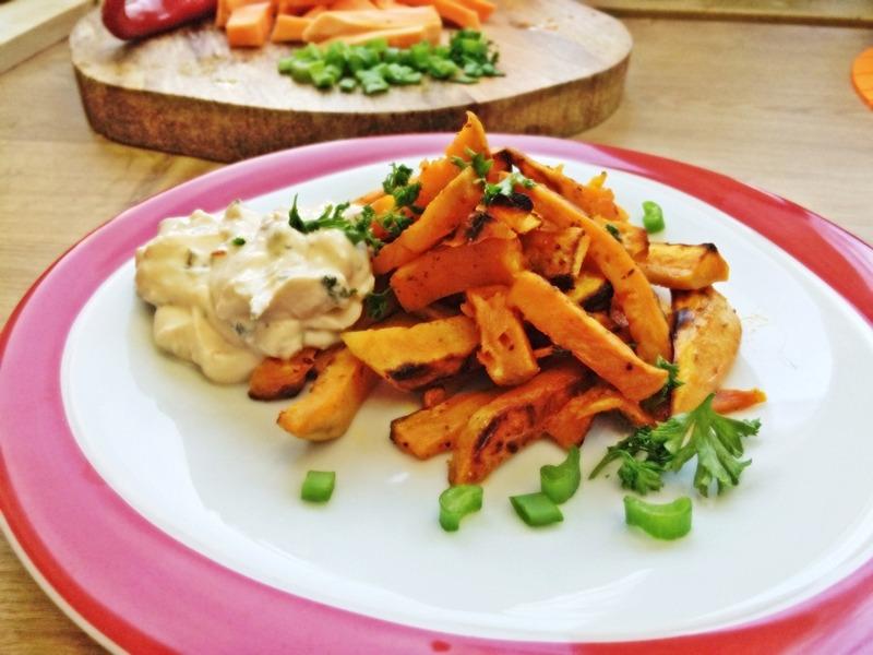 Süßkartoffel – Pommes mit Quarkdip